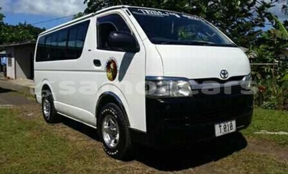 Buy Used Toyota Hiace White Car in Vaitele in Tuamasaga