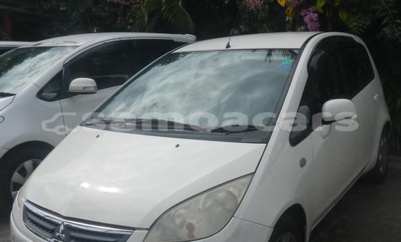 Buy Used Mitsubishi Colt White Car in Apia in Tuamasaga