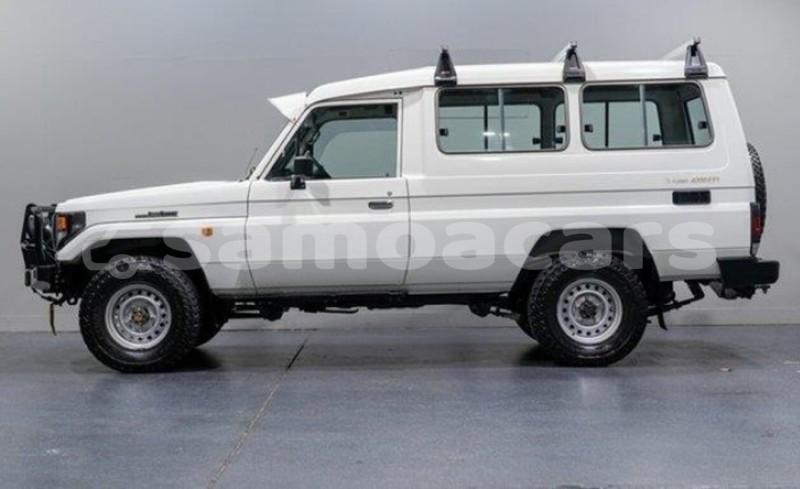 Big with watermark toyota land cruiser prado a'ana import dubai 2870