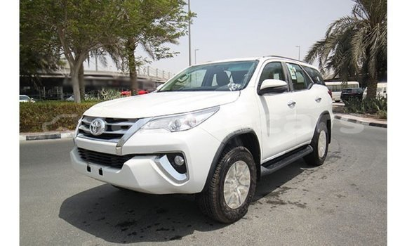 Medium with watermark toyota fortuner a'ana import dubai 3104