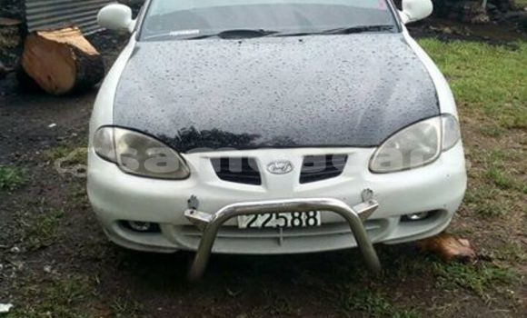 Buy Imported Hyundai Accent White Car in Vaiola in Fa'asaleleaga