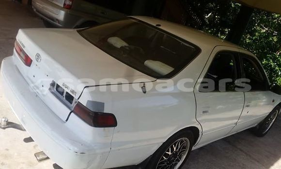 Buy Used Toyota Camry White Car in Apia in Tuamasaga