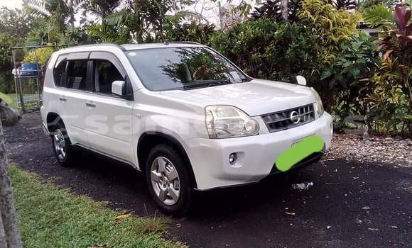 Buy Imported Nissan X-Trail White Car in Apia in Tuamasaga
