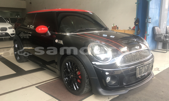 Buy New MINI Cooper Black Car in A'opo in Gagaifomauga