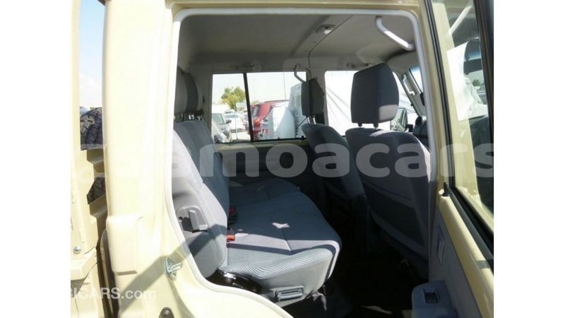 Big with watermark toyota land cruiser a ana import dubai 3553