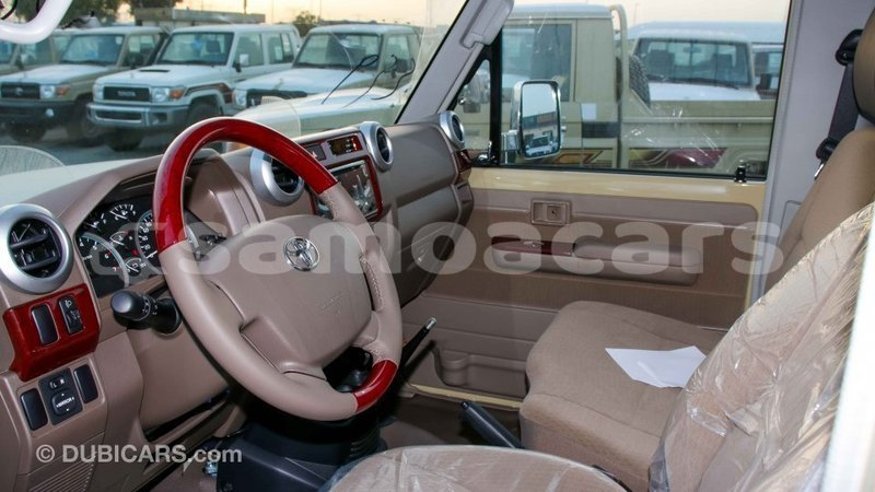Big with watermark toyota land cruiser a ana import dubai 3628