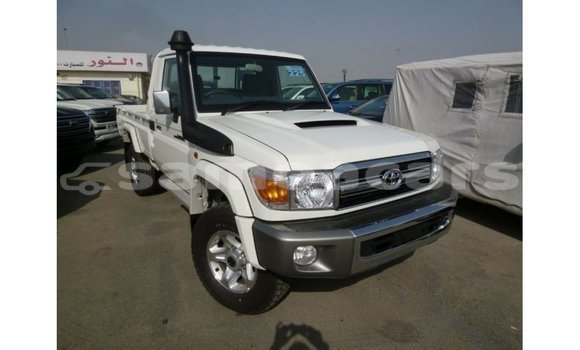 Medium with watermark toyota land cruiser a ana import dubai 3835
