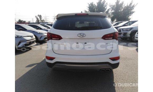 Buy Import Hyundai Santa Fe White Car in Import - Dubai in A'ana