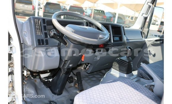 Buy Import Isuzu Rodeo White Car in Import - Dubai in A'ana