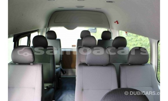 Buy Import Toyota Hiace White Car in Import - Dubai in A'ana
