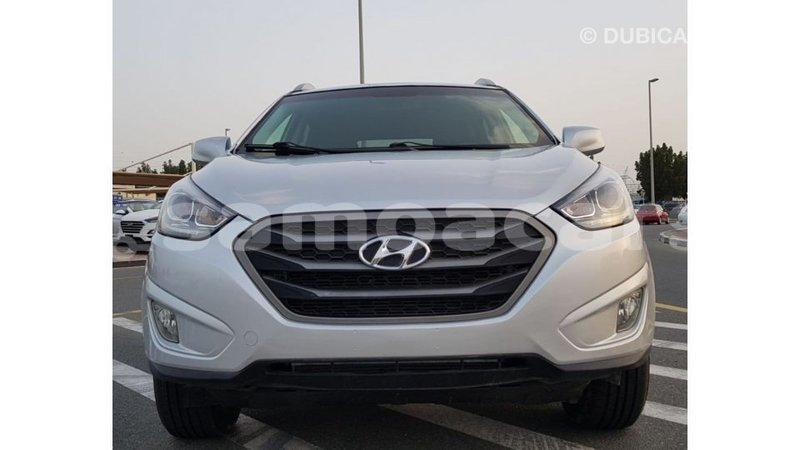 Big with watermark hyundai tucson a ana import dubai 4160