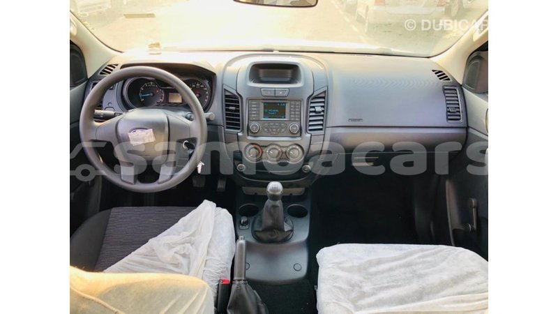Big with watermark ford ranger a ana import dubai 4663