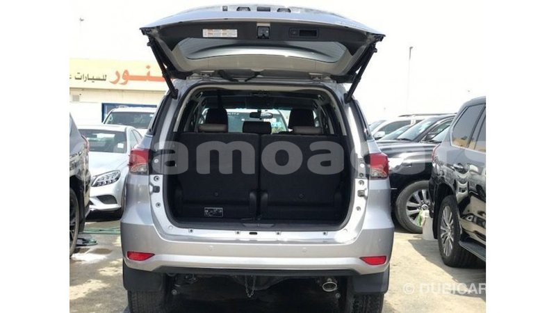 Big with watermark toyota fortuner a ana import dubai 4676