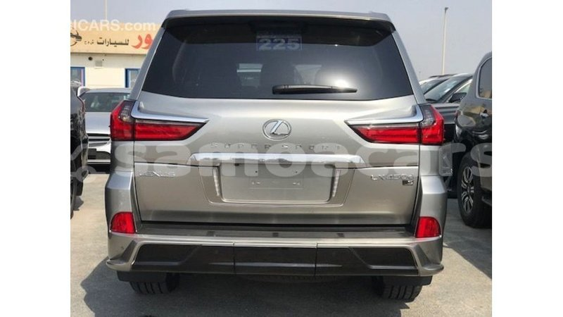 Big with watermark lexus lx a ana import dubai 4697