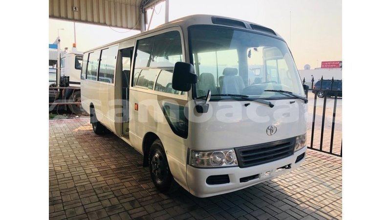 Big with watermark toyota coaster a ana import dubai 4946
