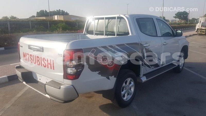 Big with watermark mitsubishi l200 a ana import dubai 4988