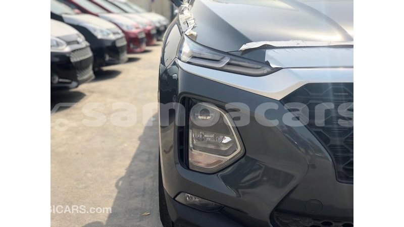 Big with watermark hyundai santa fe a ana import dubai 5050