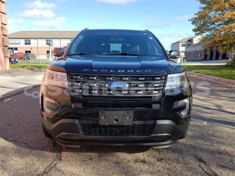 Big with watermark ford explorer aiga i le tai apai 5124