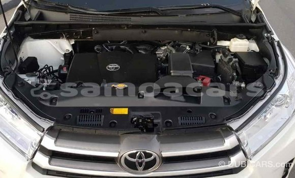 Buy Import Toyota Highlander White Car in Import - Dubai in A'ana