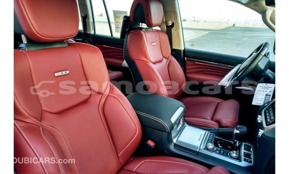 Buy Import Toyota Land Cruiser Black Car in Import - Dubai in A'ana