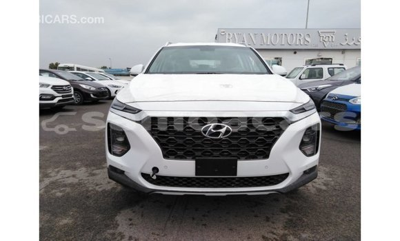 Buy Import Hyundai Santa Fe White Car in Import - Dubai in A'ana