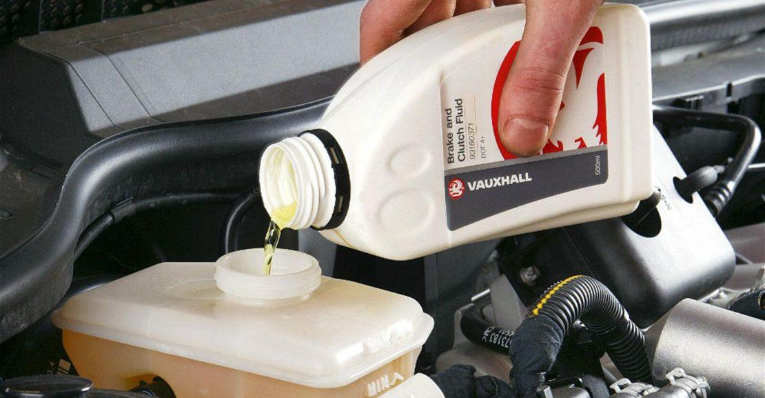 How to check the brake fluid of your car in samoa? - samoacars.com